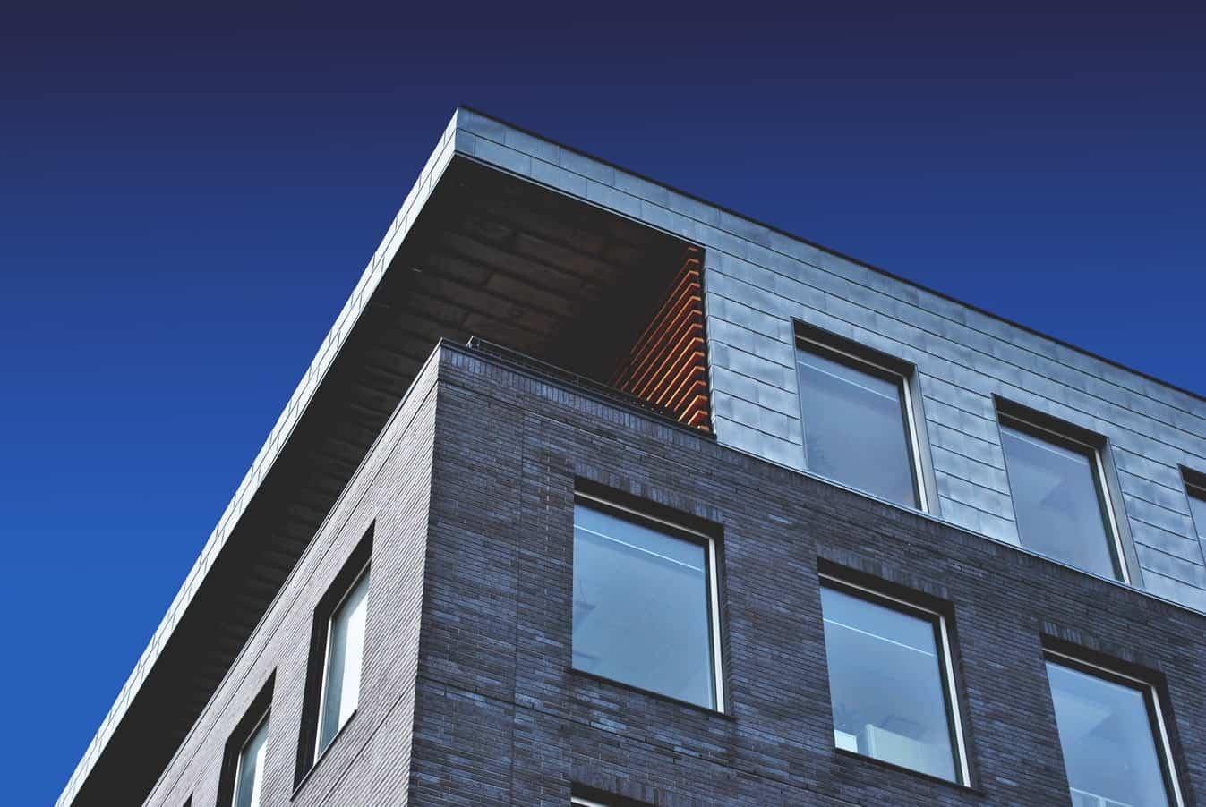 Mieszkanie czy dom w Szczecinie, które rozwiązanie będzie najlepsze dla Ciebie?