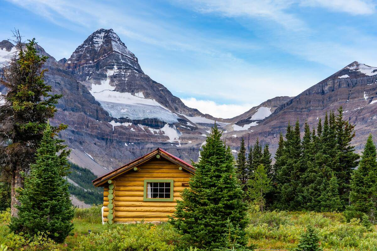Na czym polega fenomen domków kanadyjskich?